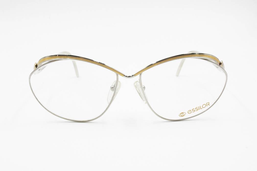 8479fb8c0d6 Vintage ESSILOR France Vintage NOS eyeglass sunglasses frame