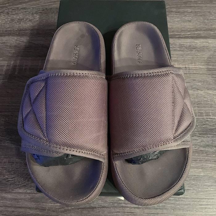 6cff737170d Yeezy Season Yeezy Season 6 Graphite Slides Size 9 - Sandals for ...