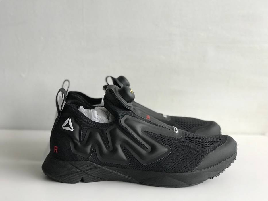 Vetements X Reebok All Black Supreme Pump Running Sneakers f55d41927