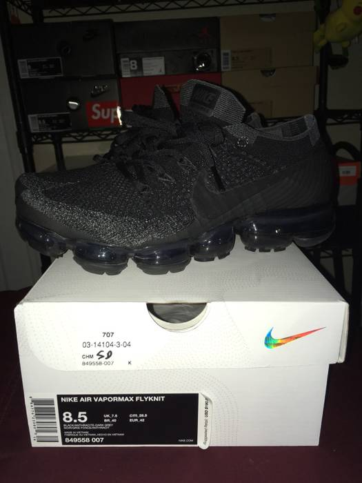 "2b2c49a12cac7 Nike Nike Vapormax 1.0 ""Triple Black"" Size 8.5 - Low-Top Sneakers ..."