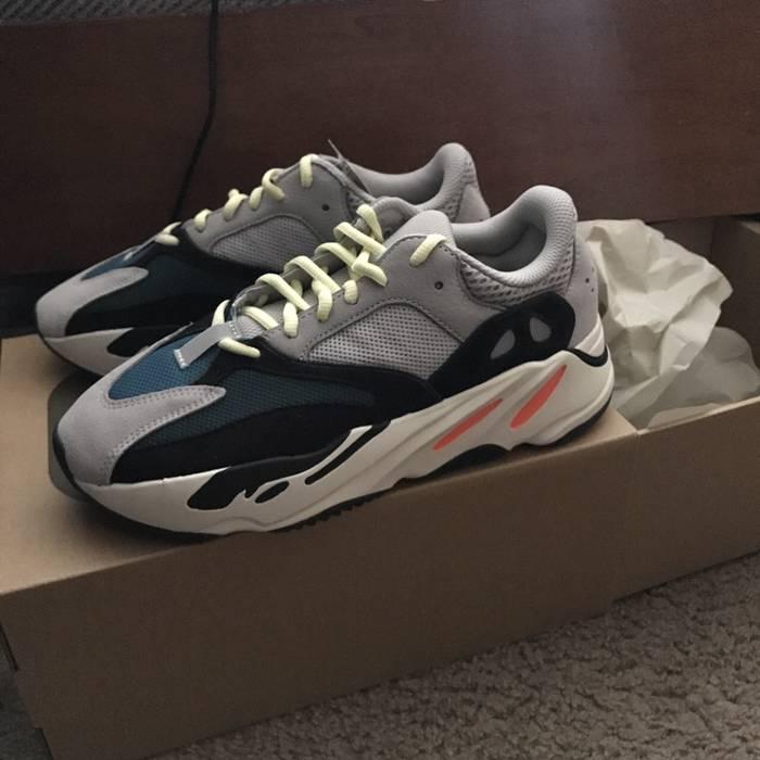 01e8e9aaca9 Adidas Yeezy Boost 700