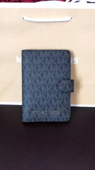 c66295fc605d Michael Kors Michael Kors Passport Wallet New Size one size ...