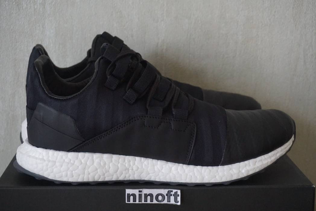 Adidas Adidas Y-3 Men Kozoko Low BY2632 ultra boost Size 11.5 - Low ... 5b3aaad32805