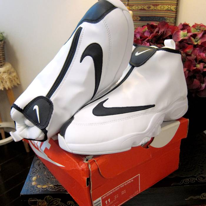 detailed look 4de3a 2b39d Nike Nike Air Zoom Flight The Glove SL Gary Payton Retro Sneaker ...