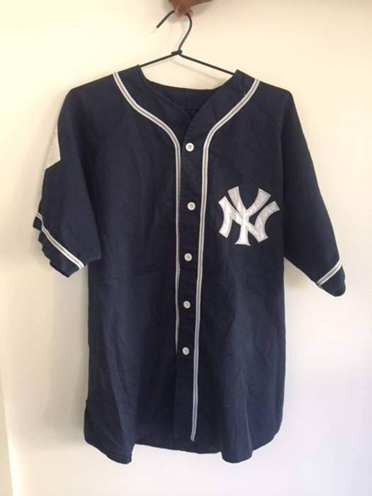 New York Yankees 90s Vintage Yankees Jersey Size m - Jerseys for ... a0d5a1cec27
