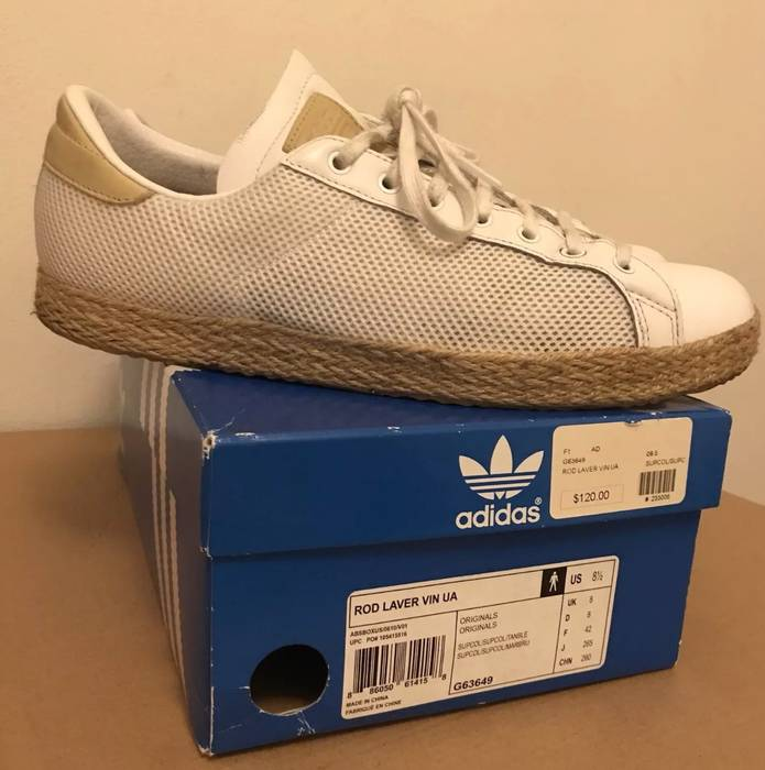 Adidas Rod Laver Size 8.5 - Low-Top Sneakers for Sale - Grailed 689de2fe0dad