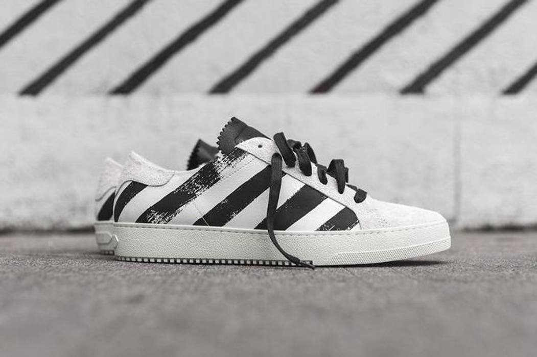 Off-White Off-White Striped Sneaker - Black White Size 10 - Low-Top ... 64167ea6cbcb