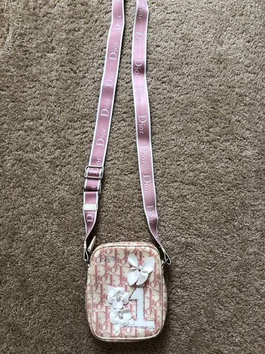 Dior RARE 1990 Dior Pink Flower Monogram Crossbody Shoulder Bag Size ONE  SIZE 239aebe1db99d
