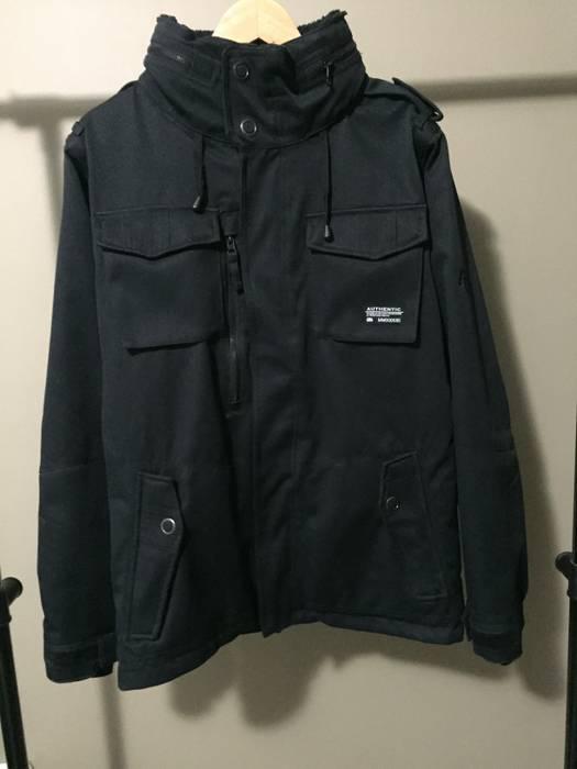 686 M 56 Waterproof Field Jacket In Black Snowboarding