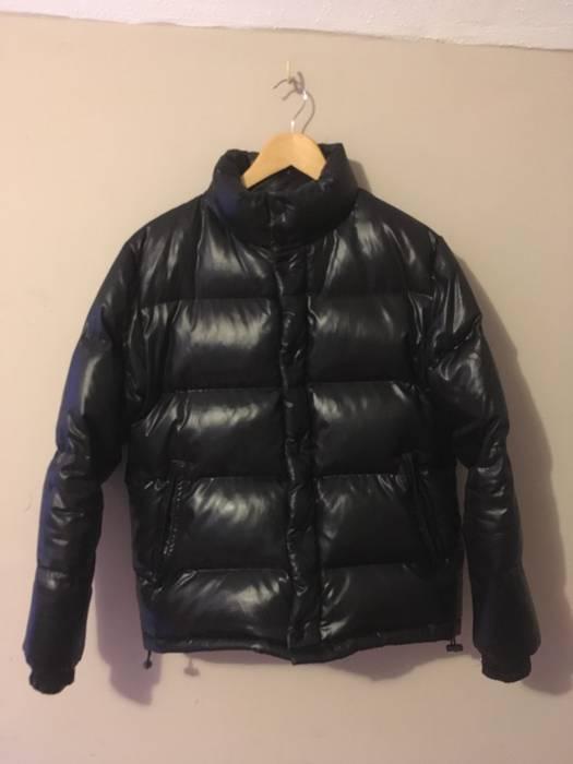 a63a8f19e3bf8 Moncler Classic Down Puffer Coat Shiny Black Size s - Heavy Coats ...