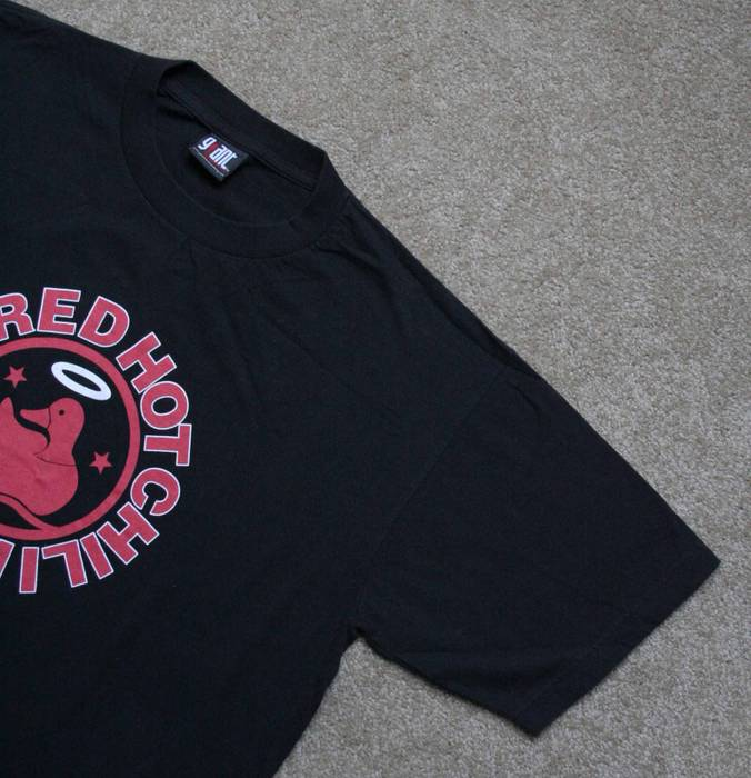 21b4a3299 Vintage 1999 Red Hot Chili Peppers Californication tee Size US XL / EU 56 /  4