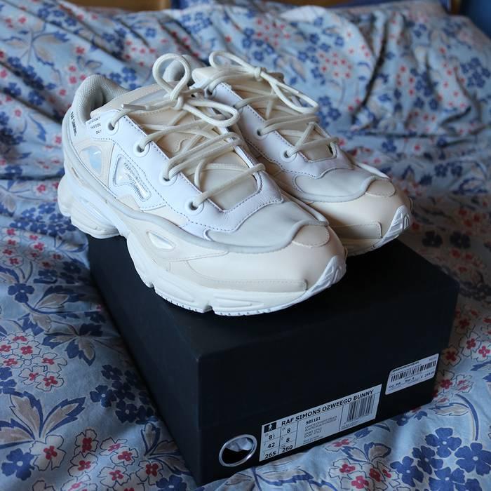 b24c8ac09f1a Adidas Raf Simons X Adidas SS16 Ozweego Bunny Cream Size US 8.5   EU 41-