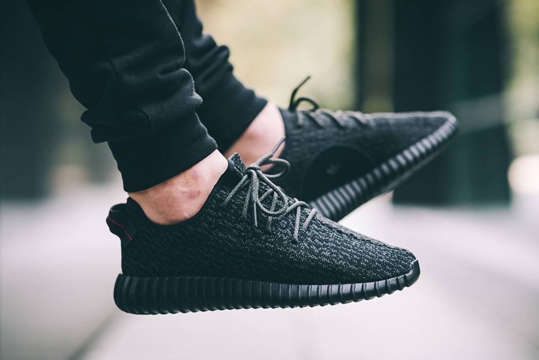 0b21696cbc8 Adidas Kanye West Yeezy boost 350 Pirate Black Size 9 - for Sale ...