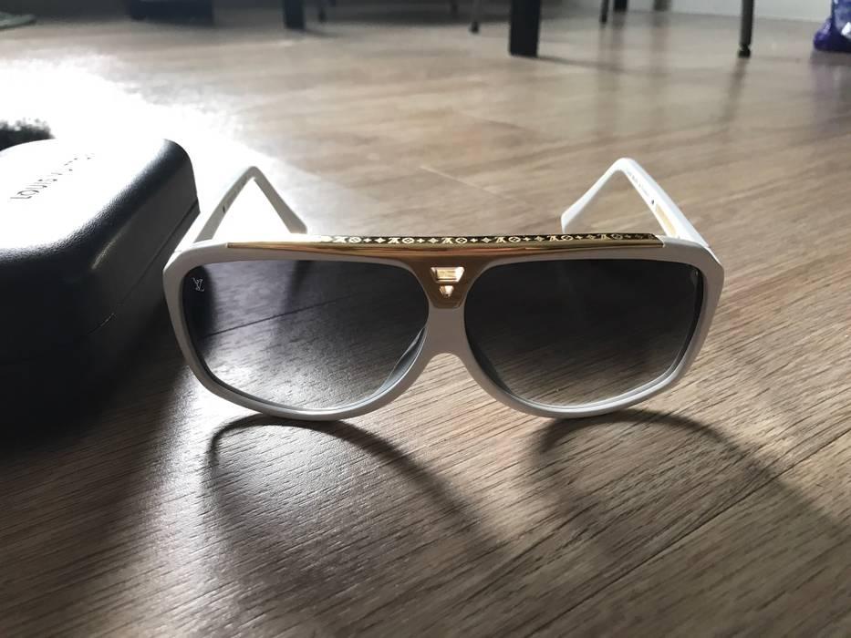 da8e60bd0e6 Louis Vuitton Evidence Size one size - Sunglasses for Sale - Grailed