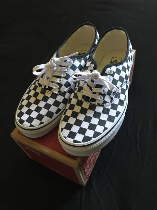 944ccc6acd8c Vans Vans Checkerboard Authentic Size 9.5 - Low-Top Sneakers for ...