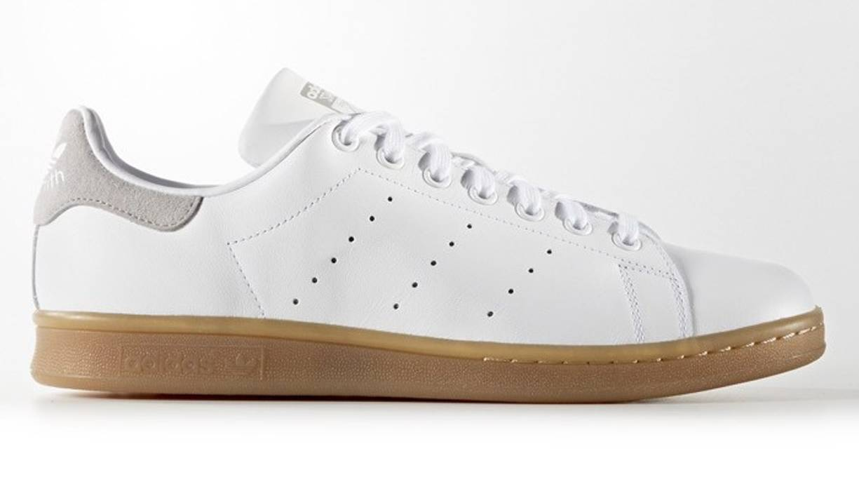 reputable site 36eb9 bb16e Adidas. Stan Smith   Gum Sole ...