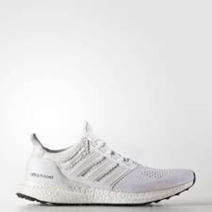 48ec64b2465ad Adidas Ultraboost 1.0 Size 9 - Low-Top Sneakers for Sale - Grailed