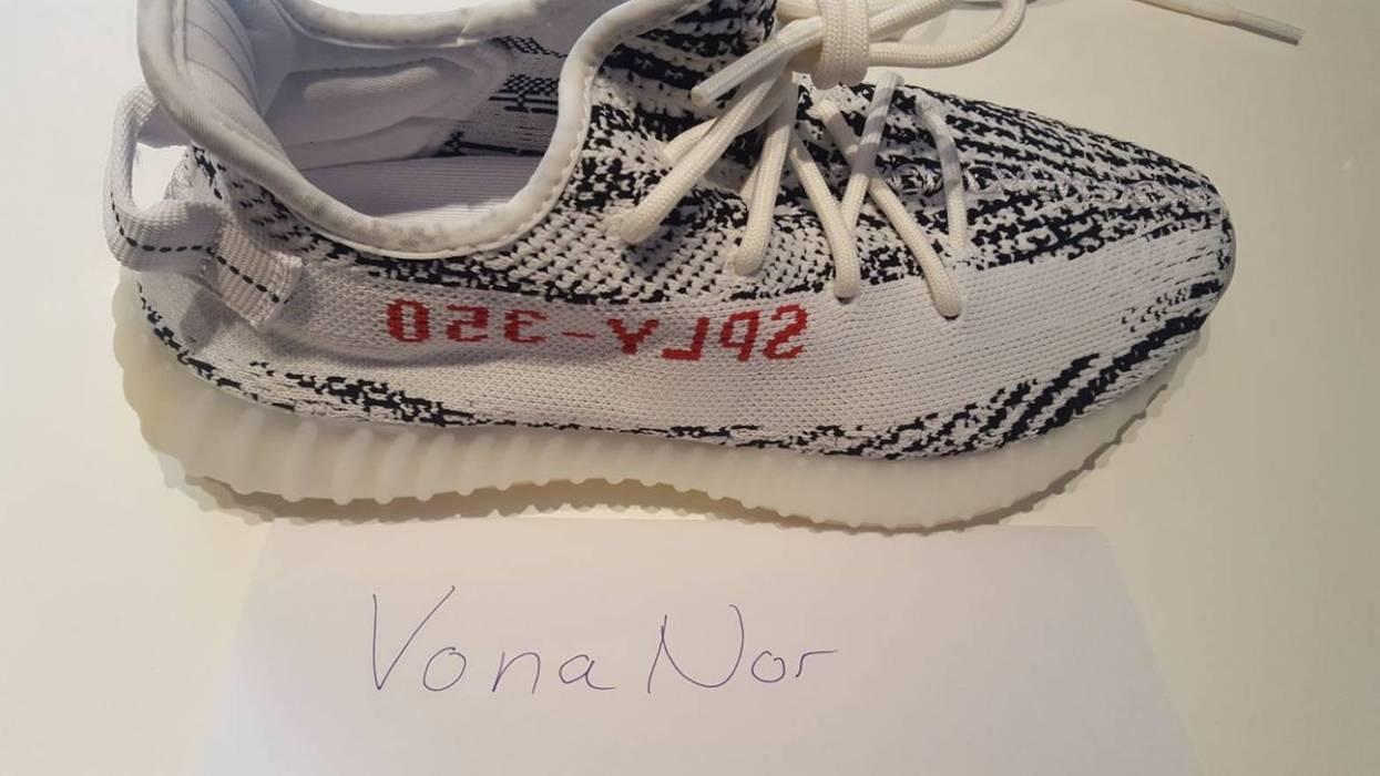 374f4616fa5d0 Adidas Kanye West Yeezy Boost 350 V2 Zebra US8 UK7.5 EU41.1 3 Size 8 ...