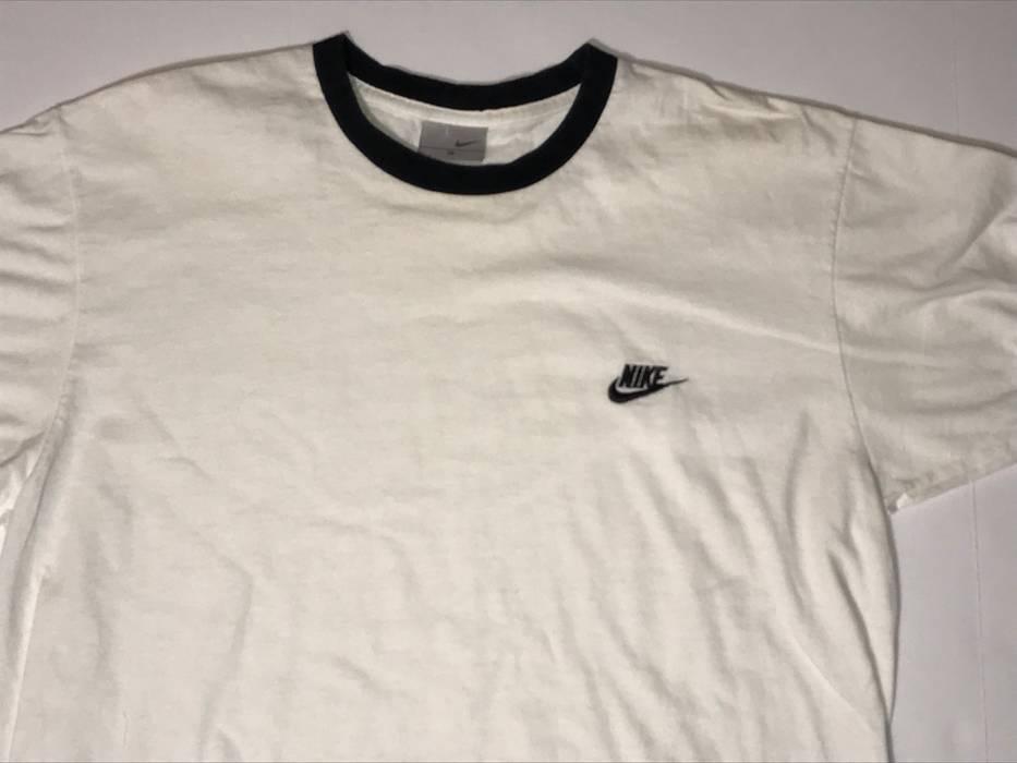 0dd065ba0d3d Nike 90s Vtg NIKE T-Shirt 90s Vintage Sportswear Size m - Short ...