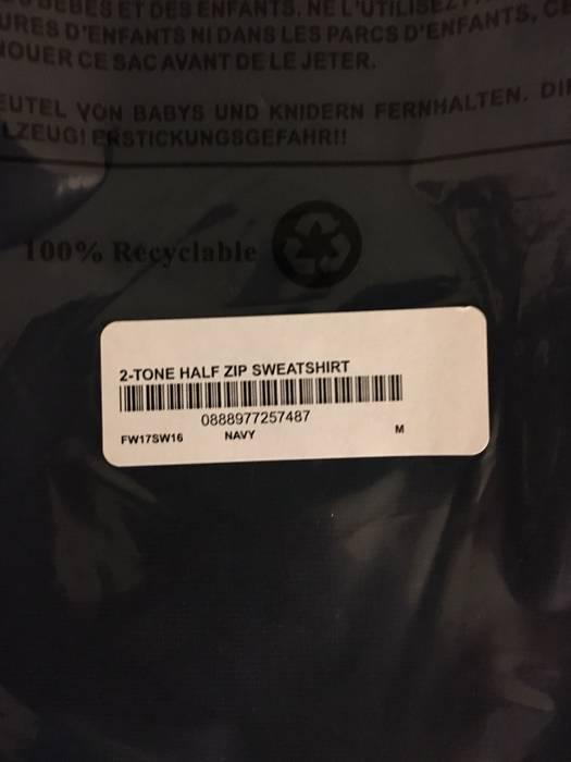 best service 390d2 afc2f Supreme Supreme 2 Tone Half Zip Sweatshirt Navy Medium Size US M  EU 48-