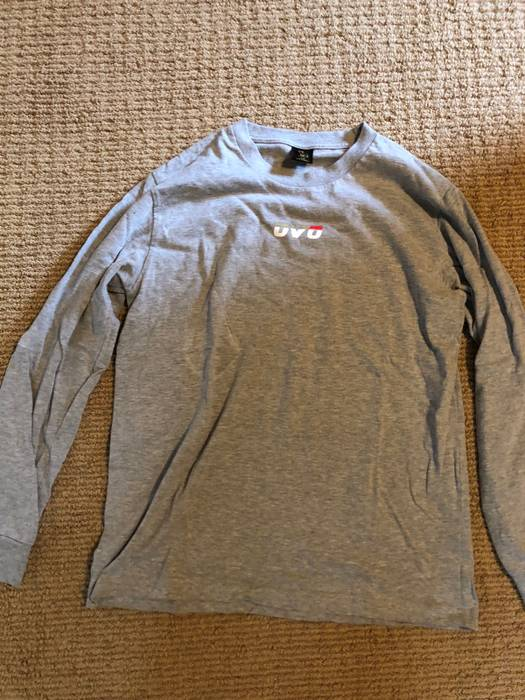 deb2bb4344ac8 Octobers Very Own. OVO runner Long Sleeve Tee. Size  US L   EU 52-54   3