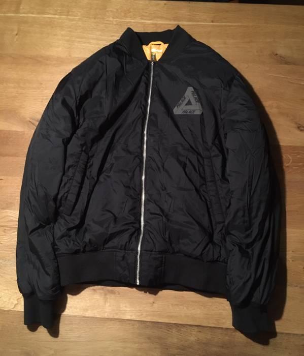 0586673f8a25 Palace Palace skateboards 3m thinsulate bomber jacket black grey ...