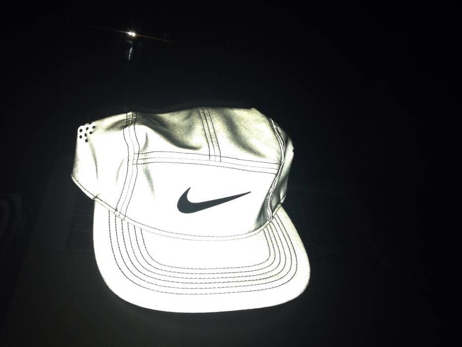 Nike AW84