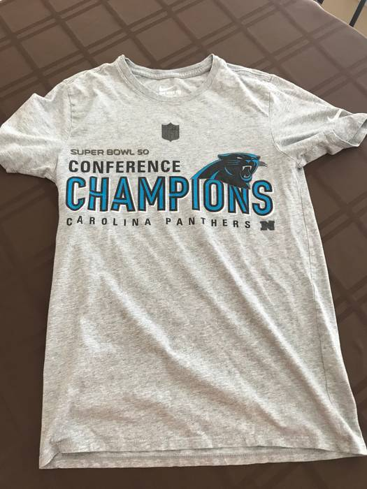 Nike.   RUNS LIKE XS  Men s Nike Super Bowl 50 Panthers Shirt. Size  US S  ... 61ce42dfe
