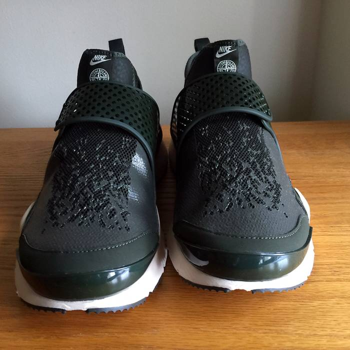 Nike Nike NikeLab Stone Island Sock Dart Mid SP Sequoia Green Size 9 910090- 300 6f29a650c2