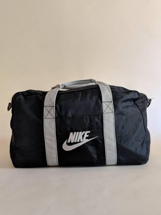 9d130637f0 Nike Vintage 1980s Nike Gym Duffel Bag    Supreme    Tote    Carry ...