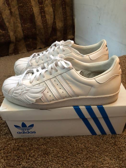 02838e22a013 Adidas Adidas X Jeremy Scott - JS SUPERSTAR WINGS Size 10 - Low-Top ...