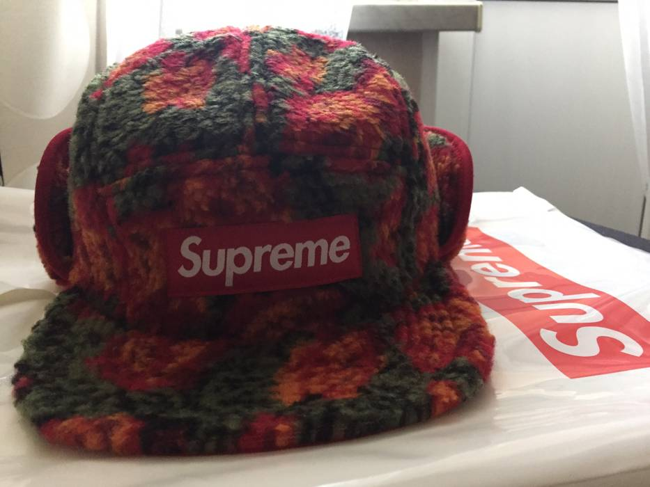 4c2239fc526 Supreme Roses Sherpa Fleece Earflap Camp Cap Red Size one size ...