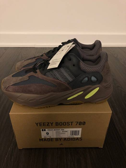 45aa45b3051 Yeezy Boost Adidas Yeezy Boost 700 Wave Runner Mauve Size 9 100% Authenthic  With Receipt