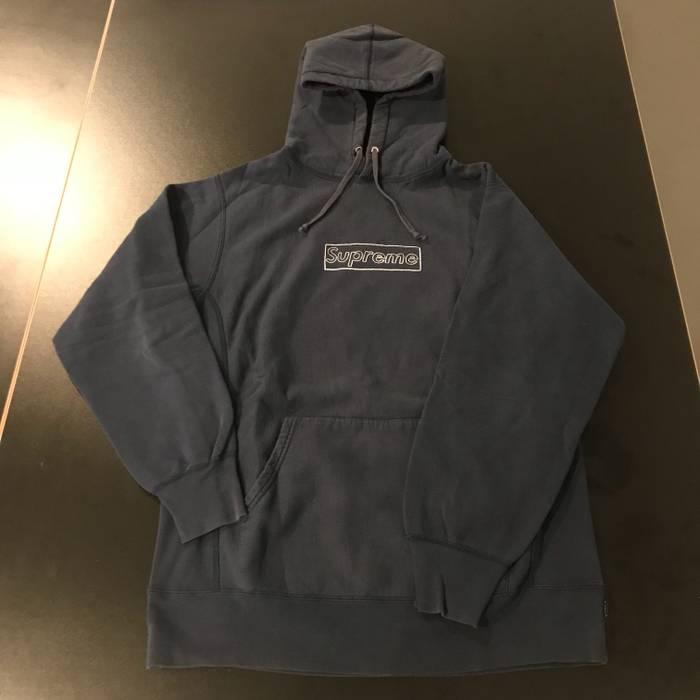 dfaec76f721e Supreme Supreme x Kaws Box logo hoodie Size l - Sweatshirts ...