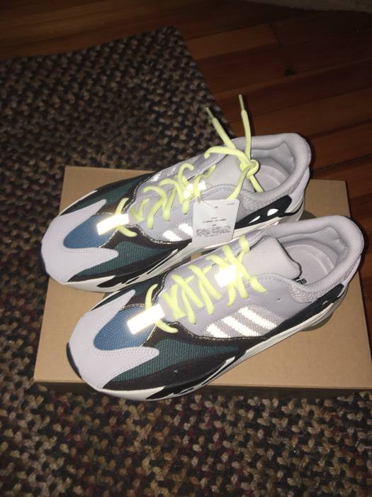 3e2a20465 Adidas Yeezy 700 Wave Runners Size 9 - Low-Top Sneakers for Sale ...