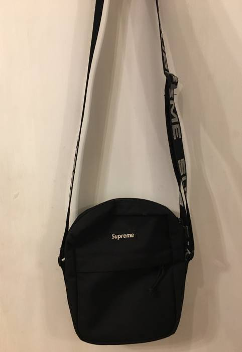 7f63008264 Supreme Supreme Side Bag Size one size - Bags   Luggage for Sale ...