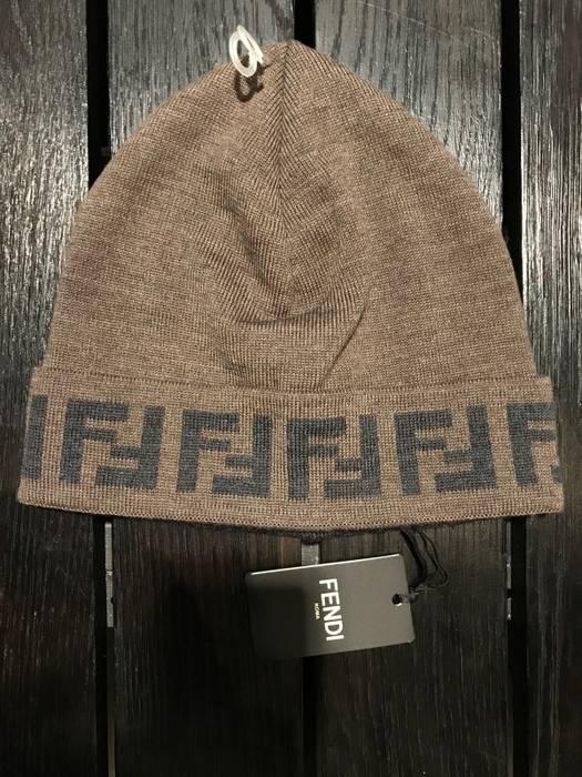 aa4e5030212 Fendi Fendi Lana-wool Hat Fall Winter Size one size - Hats for Sale ...