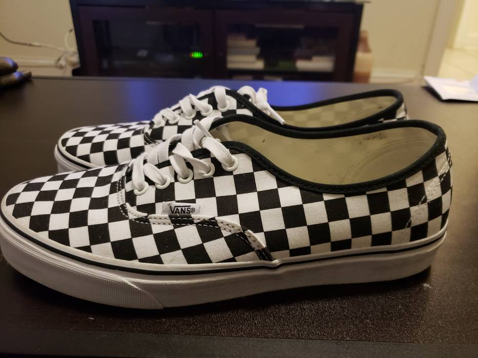 b80f94694ff Vans Vans Authentic Checkerboard Size 11 - Low-Top Sneakers for Sale ...