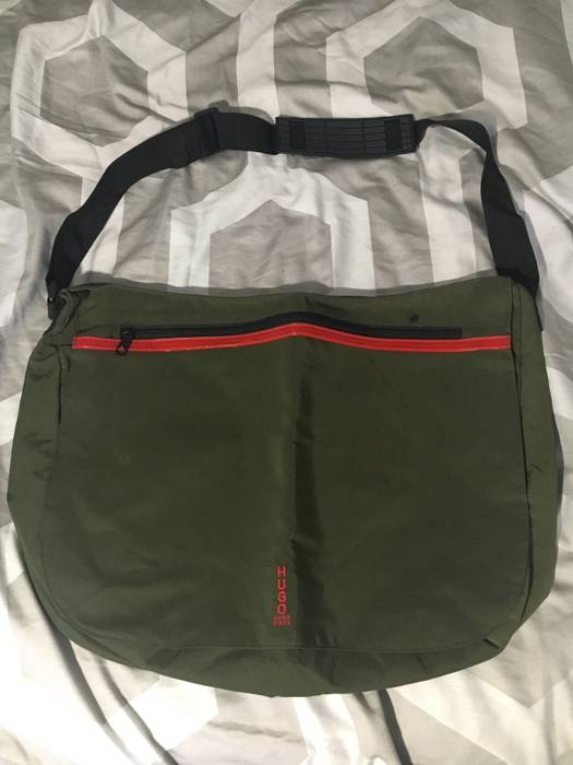 5dfea7f16df8 Hugo Boss Messenger Bag Size one size - Bags   Luggage for Sale ...