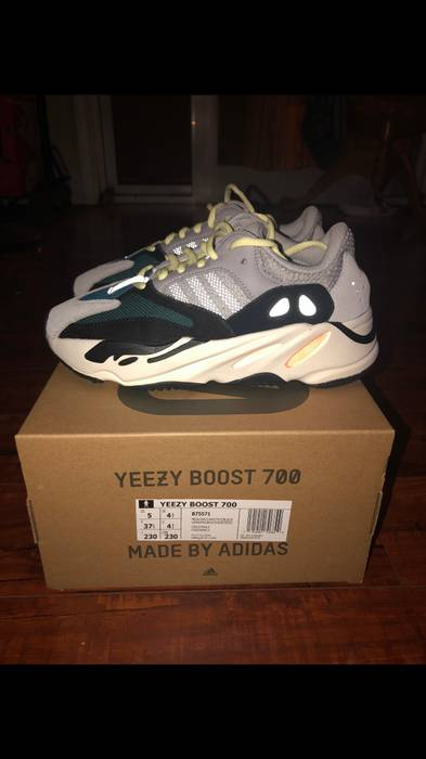 Yeezy Boost YEEZY BOOST 700 SIZE 5 MENS   6 WOMENS Size 6 - Low-Top ... 885a244f46