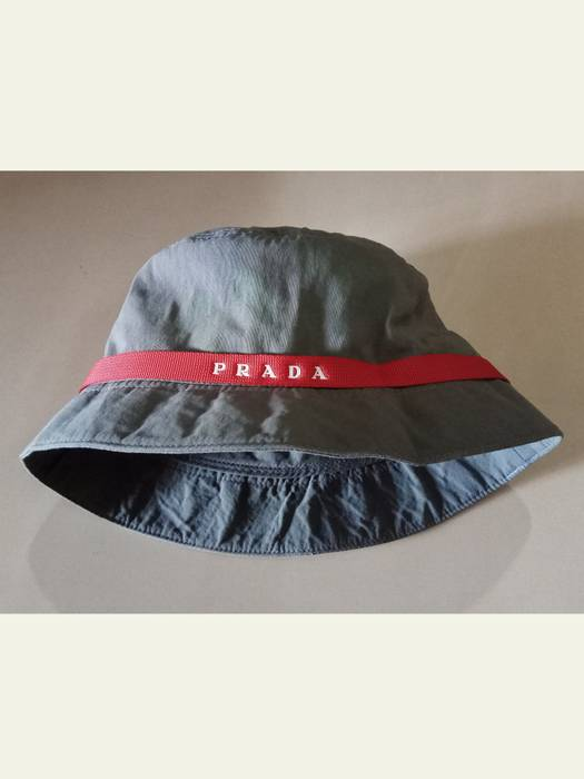 Prada Prada Bucket Hat Size one size - Hats for Sale - Grailed 7d63586a29f