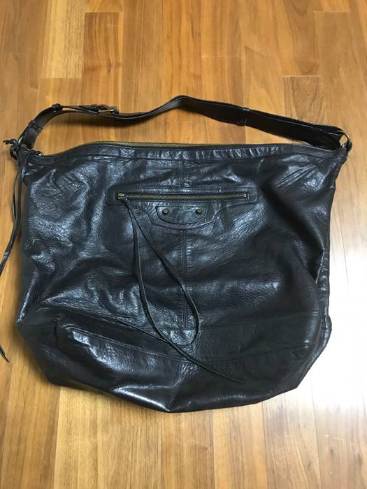 Balenciaga leather shoulder bag Size one size - Bags   Luggage for ... ed24f98592361
