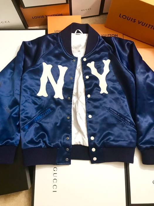 a24b21aa443f0 Gucci Preowned Gucci Men s 100% acetate Blue jacket with NY Yankees™ patch  Size US