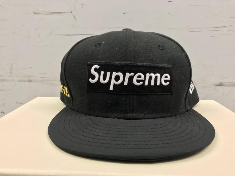 2459c99773e Supreme SUPREME NEW ERA WORLD FAMOUS GORE-TEX GORETEX BLACK BOX LOGO FITTED HAT  CAP
