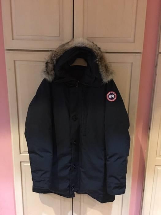 Canada Goose Men S Winter Jacket Size Xl Heavy Coats For Sale