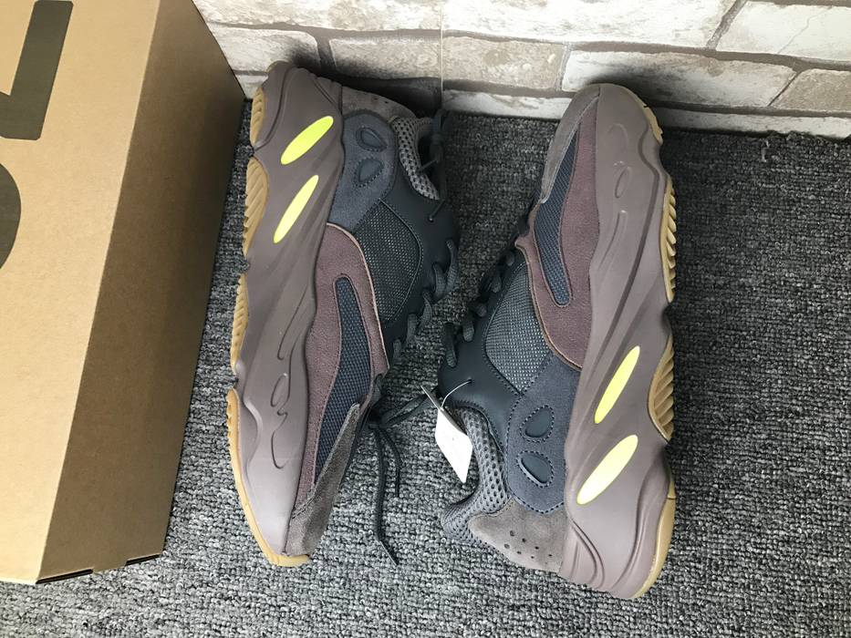 fd67df63b50 Adidas Yeezy 700 Mauve Size 10 - Low-Top Sneakers for Sale - Grailed