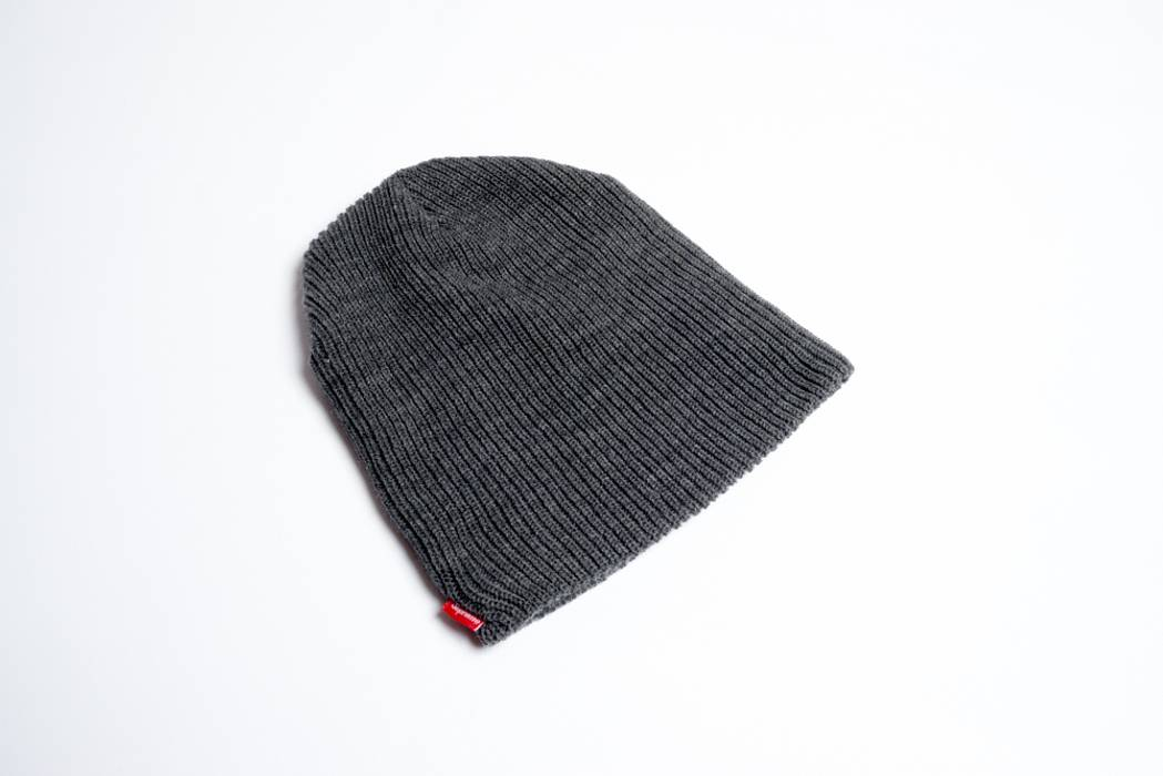 66538b3561622 Supreme Supreme ribbed beanie Size one size - Hats for Sale - Grailed