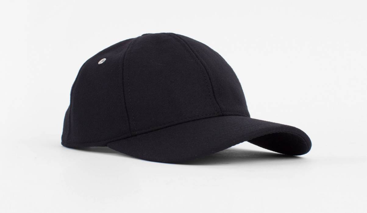 ba34b7596f4 Ami Felt Cap Size one size - Hats for Sale - Grailed