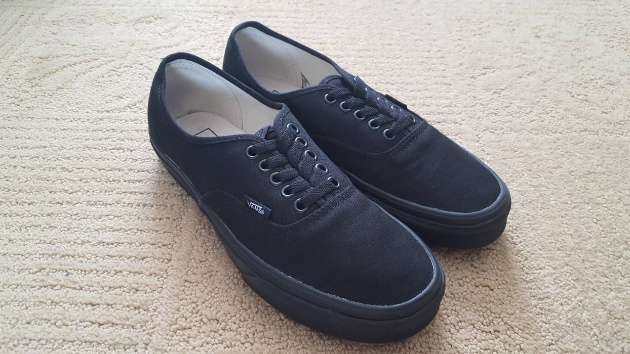 78925b8d53b4 Vans Authentics (All Black) Size 8 - for Sale - Grailed