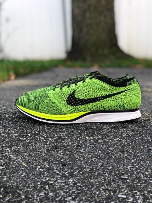 820ea913e6f4 Nike Nike FlyKnit Racer GREEN Size 13 - Low-Top Sneakers for Sale ...